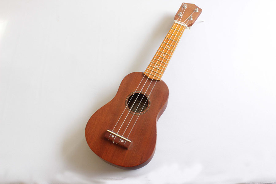 IMG/Instruments/Medium/ukulele.jpg